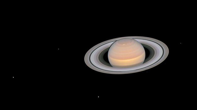 杰出的哈勃图像显示完全发光的土星及其戒指