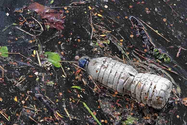 主要的环境挑战作为微薄的伤害我们的饮用水