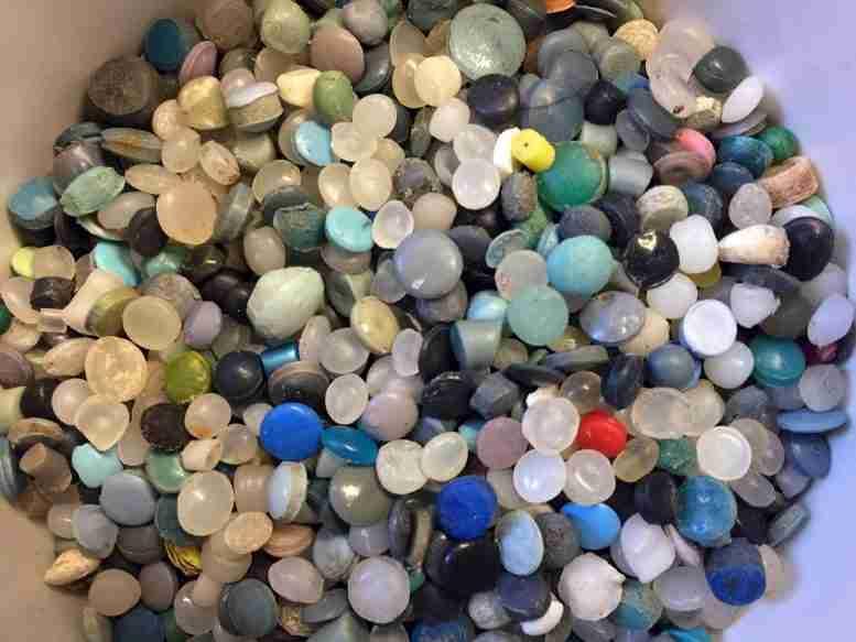 伟大的湖泊中微型塑料:每磅沉积物1,941颗粒